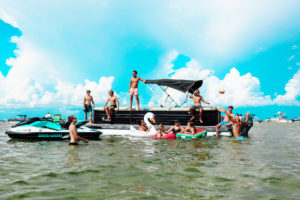 how to get to crab island in destin fl